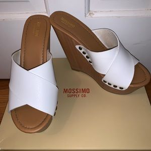 Mossimo Co. white wedges size 6.5